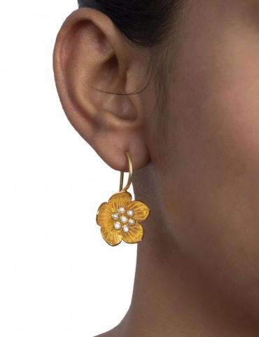 Sterling Silver Freshwater Pearl Floral Earrings